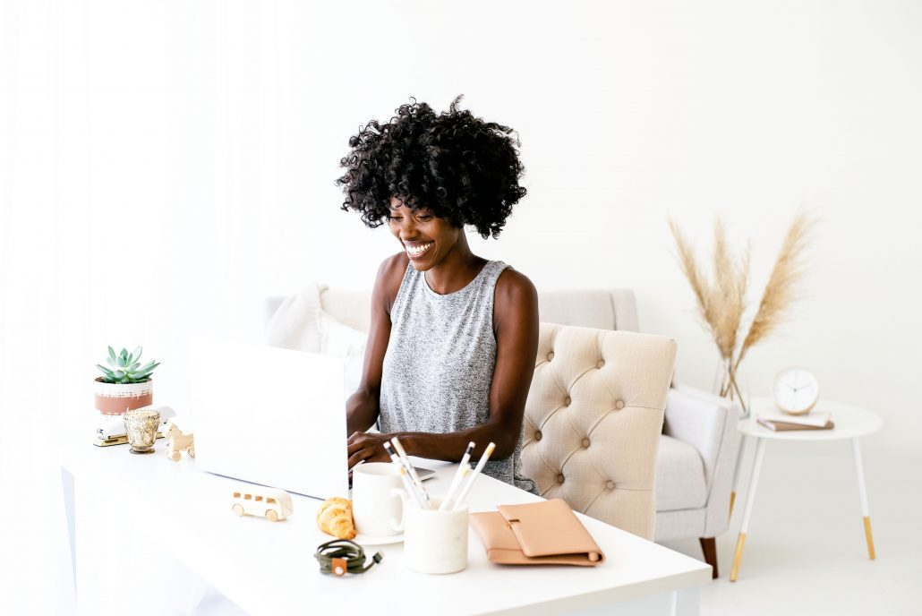 how to make money blogging with this blogging course