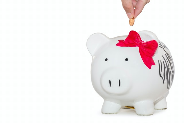10 easy ways to save money starting now